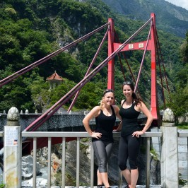 One Scooter, Two Girls, One Amazing Weekend in Taroko Gorge